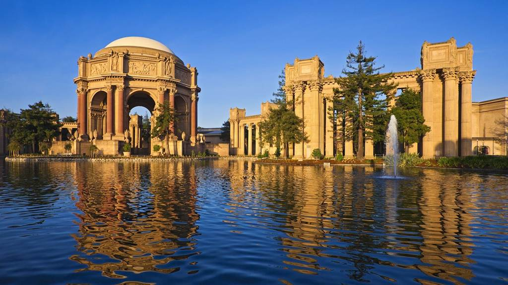 Palace of fine arts and theater